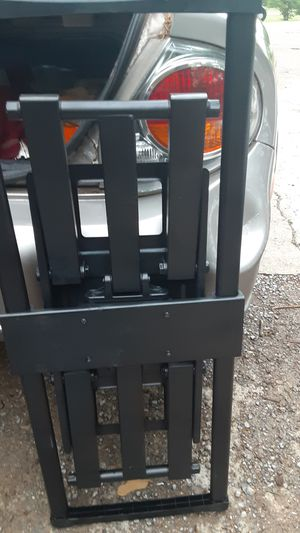 Wall mount for 50 to 65 inch tv for Sale in La Vergne, TN
