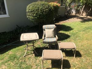 PATIO FURNITURE SET for Sale in Fresno, CA