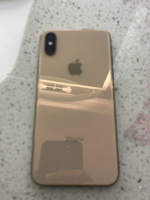 iPhone X Max (password lock, but no service carrier) for Sale in Nashville, TN