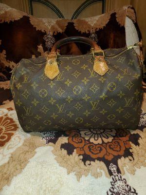 Original Louis Vuitton cute hand bag for Sale in Pasadena, CA