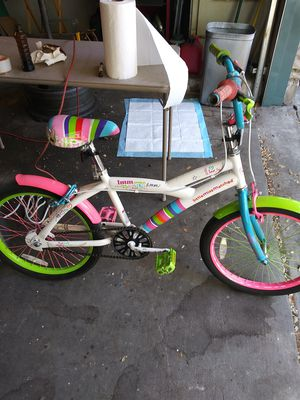 Little Girls Mismatched Bike for Sale in Austin, TX