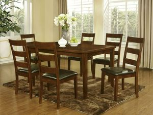 7 piece dining set for Sale in Columbia, MD