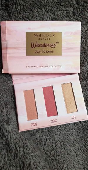 W4NDER Beauty Makeup Palette - Dusk to Dawn for Sale in Tonawanda, NY