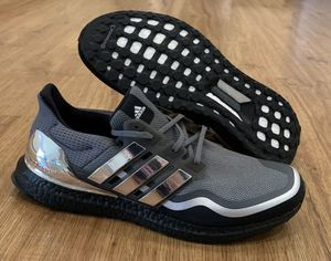 Adidas ultraBOOST MTL Size 9 for Sale in Ontario, CA