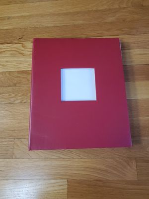 RED LARGE HARDCOVER PHOTO ALBUM WITH COVER PHOTO SLOT! for Sale in Taunton, MA