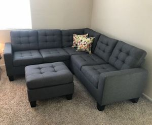Brand new grey linen sectional sofa with ottoman for Sale in Silver Spring, MD