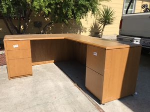 Solid wood desk for Sale in Concord, CA