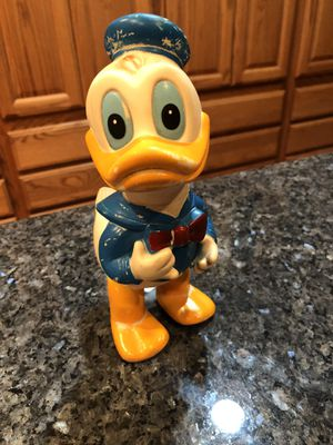 Vintage Walt Disney Productions Donald Duck Rubber Squeaky Toy Figurine Very old. Size 8 inches tall for Sale in Artesia, CA