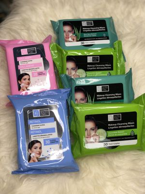 2 lot Makeup cleanising Wipes , makeup cleansing wipes for Sale in Union City, NJ