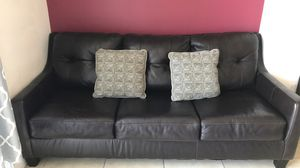 Brown leather couch for Sale in FL, US