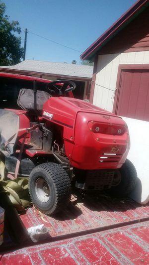 Tractor para cortar pasto for Sale in Phoenix, AZ