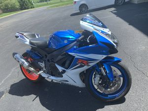 2011 Gsxr 750 SUPER FAST 6k OBO for Sale in Columbus, OH