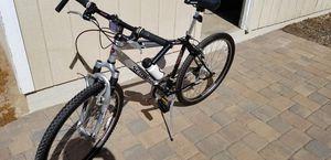 Excellent lightly used schwinn bike for Sale in San Diego, CA
