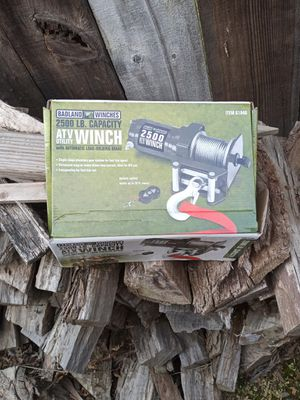 Winch with remote never been used for Sale in Fresno, CA