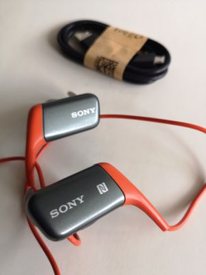 New Sony Bluetooth Wireless headphones headset Super Bass for Sale in Richardson, TX