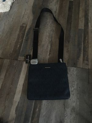 Michael Kors Blue Messenger Bag for Sale in Rosemead, CA