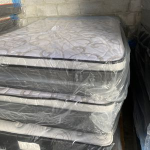 Queen Mattress Pillow Top Excellent Comfort Special Offers $279 for Sale in Orlando, FL