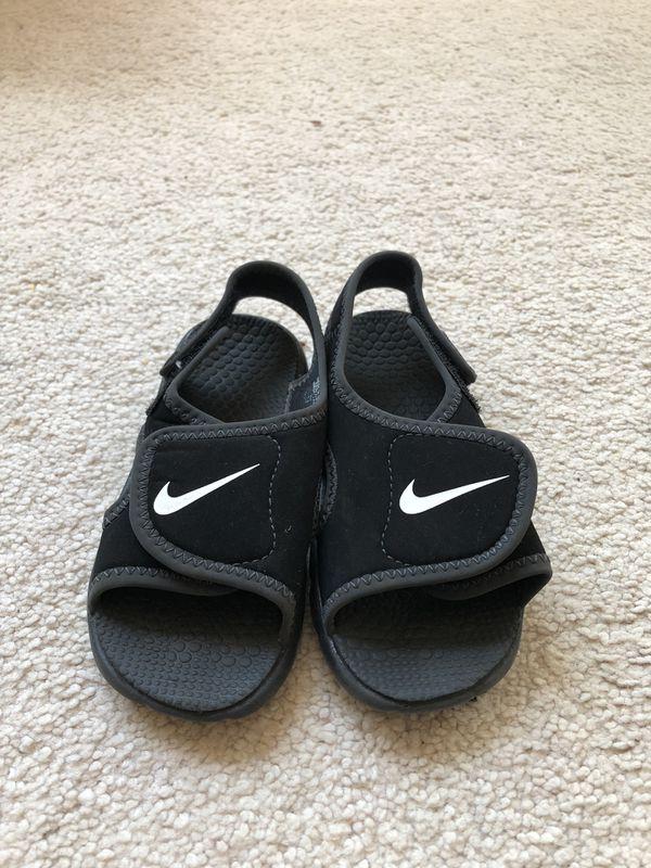 Nike Toddler Boys Sandals Size 7