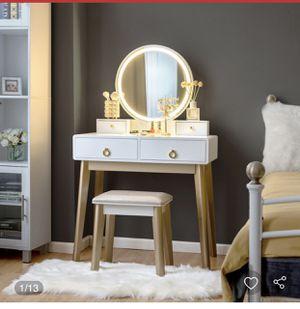 New vanity table set for Sale in Hacienda Heights, CA
