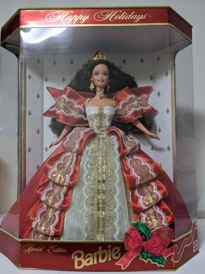 Extremely Rare 1997 10th Anniversary Happy Holidays Barbie for Sale in Glen Ellyn, IL
