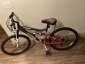Ozone Ultra Shock Mountain Bicycle for Sale in Houston, TX