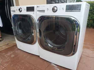 "LG 29"" STEAM TURBO WASHER 5.2 CF AND MEGACAPACITY STEAM ELECTRIC DRYER 9.0 CF WITH SMART DIAGNOSTIC for Sale in Hialeah, FL"