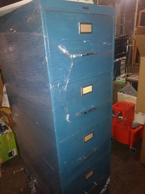 Sturdy 4 drawer filling cabinet for Sale in Cleveland, OH