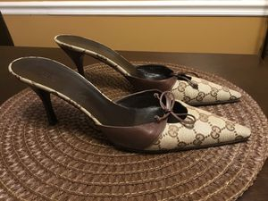 Gucci GG Print Mule Heels Size 9.5B for Sale in Raleigh, NC