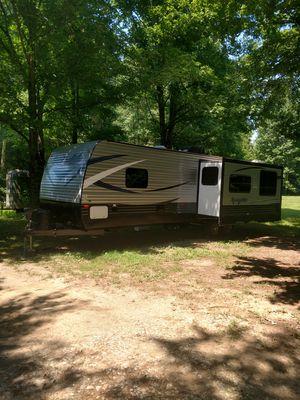 2018 Springdale 29 ft Travel Trailer for Sale in Chapel Hill, TN