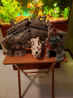 Lot Aquarium Decorations CLEANED for Sale in Findlay, OH