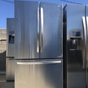 LG Stainless Steel Counterdepth Refrigerator for Sale in Santa Ana, CA