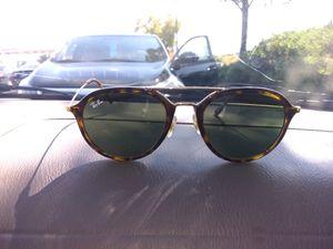 Women's Ray Bans sunglasses for Sale in Tacoma, WA
