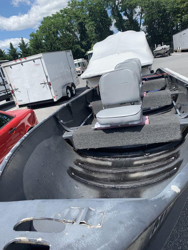 1955 16' Aluminum Boat