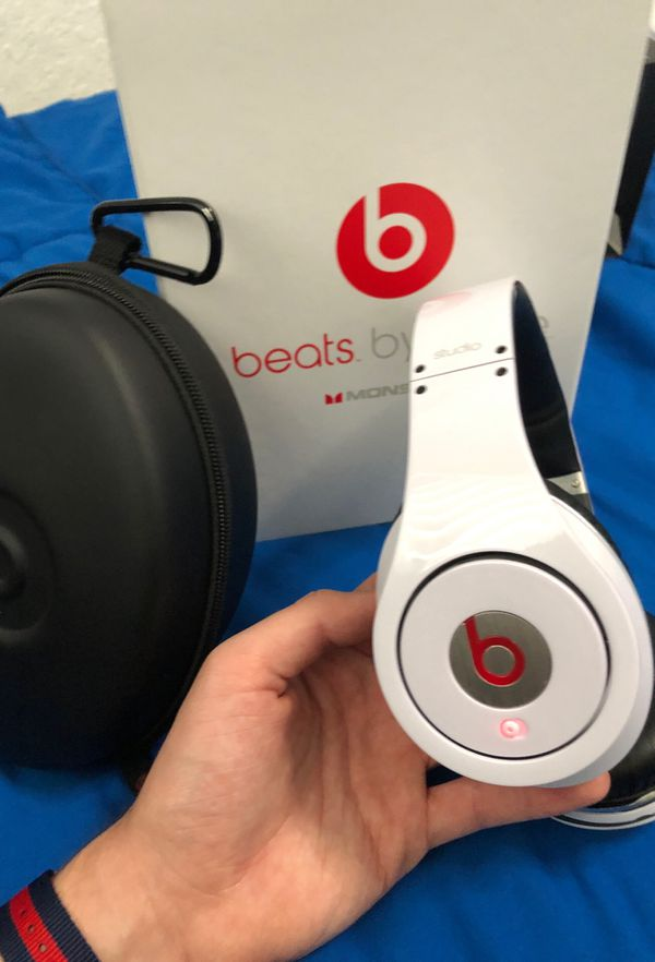 Beats by Dre Studio, Original 1st Gen Monster Beats