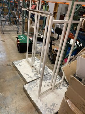 Clothing racks for Sale in Miami Gardens, FL