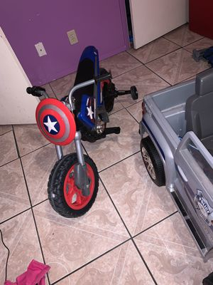 Power wheel Chevy police jeep and captain American motorbike for Sale in Fairview, TX