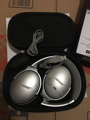 Bose Quietcomfort 35 Headphones for Sale in Falls Church, VA