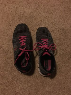 Running shoes size 7 for Sale in Lakeside, AZ