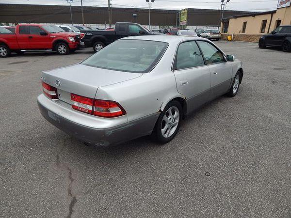 2001 Lexus ES