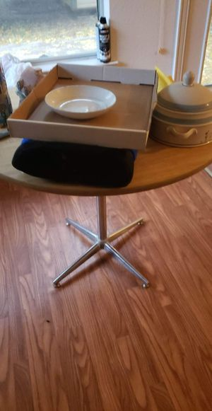 Kitchen table 4 chairs old school 50 OBO$$ for Sale in Richardson, TX