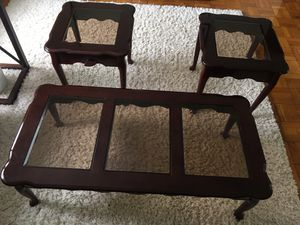 Coffee table and side tables set for Sale in Arlington, VA