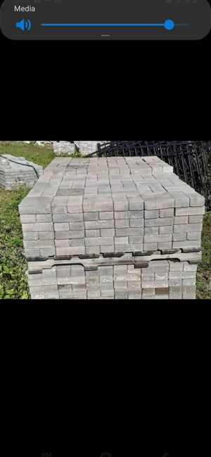 Pavers .50 cents each driveways patios and decks 2.5 inches thick 4 x8 for Sale in NEW PRT RCHY, FL