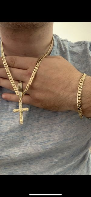 14k gold 8mm cuban set and diamond cross for Sale in Tampa, FL