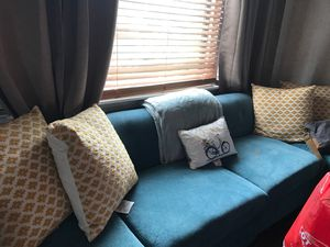 Raymour and Flanagan Corolla 4 piece sectional sofa for Sale in New York, NY