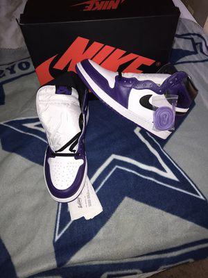Air Jordan 1 (court purple 2.0) size 13 for Sale in Crofton, MD