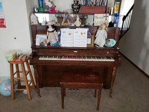Piano real wood needs tuning music instrument for Sale in Columbia, MO