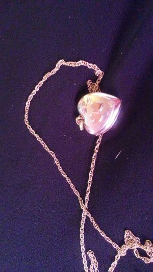 Gold heart locket necklace for Sale in Brier, WA