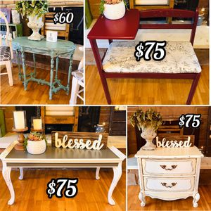 Vintage Coffee Table and More for Sale in Covington, WA