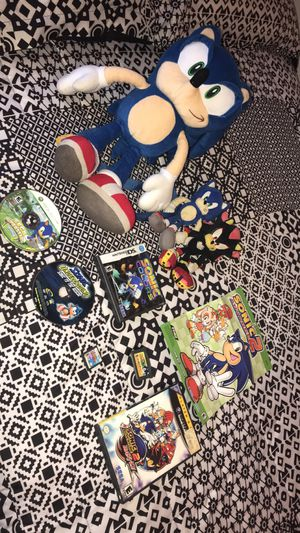 Sonic Plushy and Game Bundle for Sale in Chicago, IL