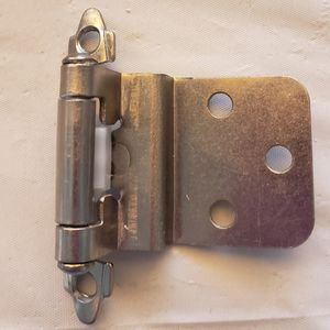 Kitchen cabinet hinges for Sale in Perris, CA